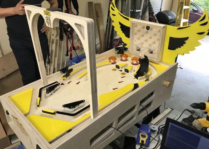 DIY pinball machine plays automatically