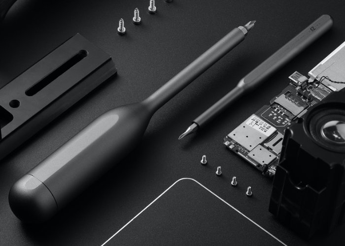 Imezing multi-functional screwdriver