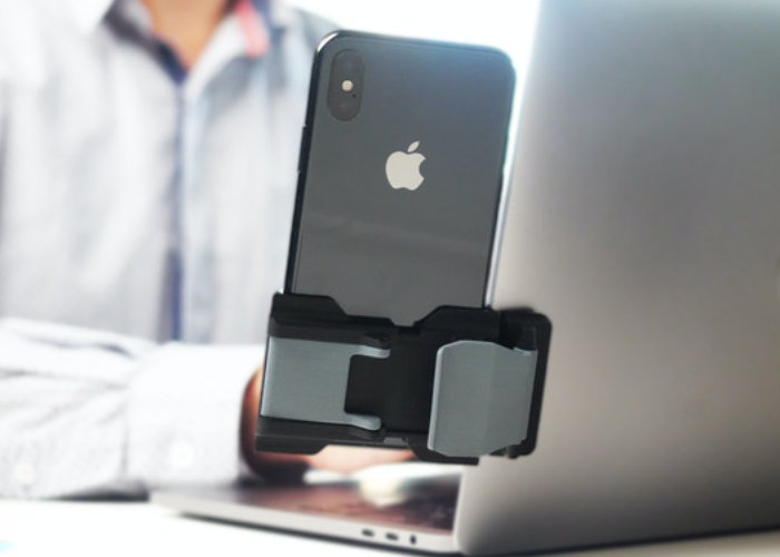 Phoneside smartphone holder