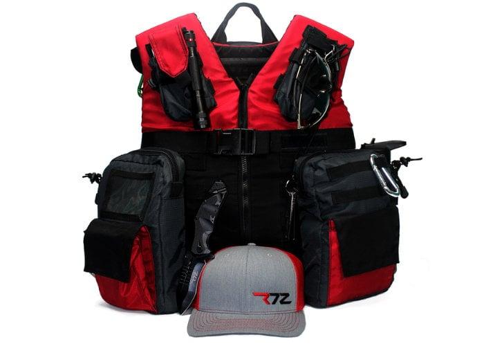 Grab&Go adventure vest and modular organizer