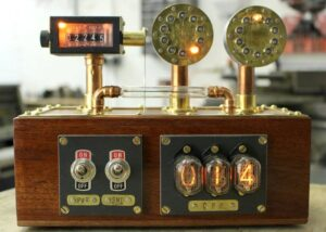 Raspberry Pi steampunk Geiger counter