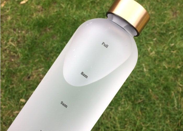 SHEGGS time indicator water bottle
