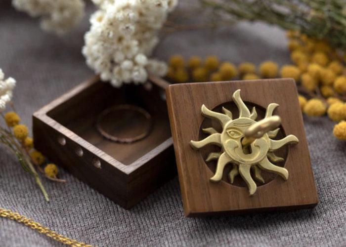 Unique mechanical wooden lock box