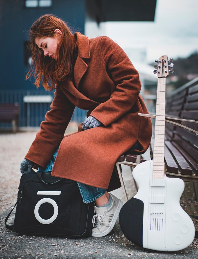 collapsible electric guitar