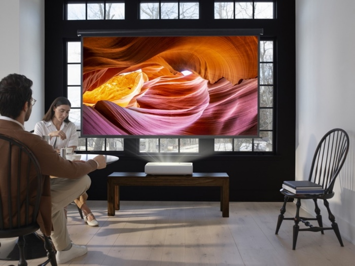 Samsung The Premiere projector launches globally - Geeky Gadgets