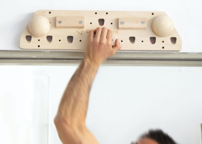 climbers hangboard