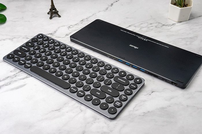 keyboard hub