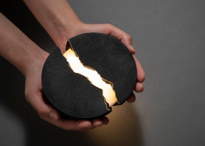 speaker and light