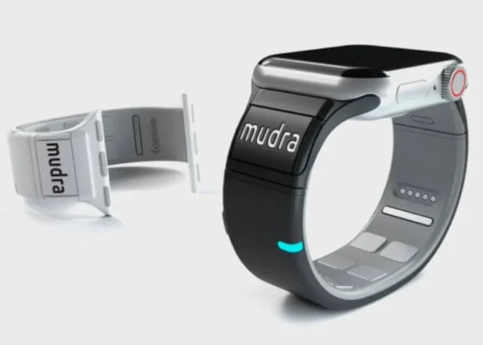 Mudra Apple Watch Band adds gestures controls to your wrist