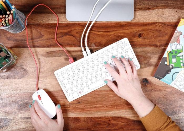 Raspberry Pi Keyboard 400