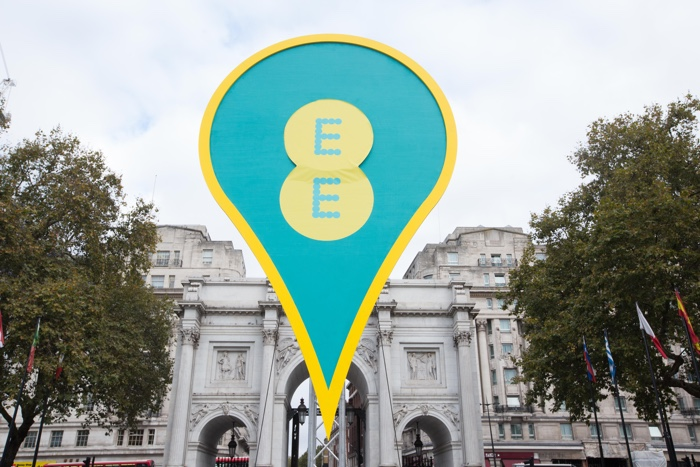EE Black Friday offers embrace Apple, Google and Samsung smartphone 1