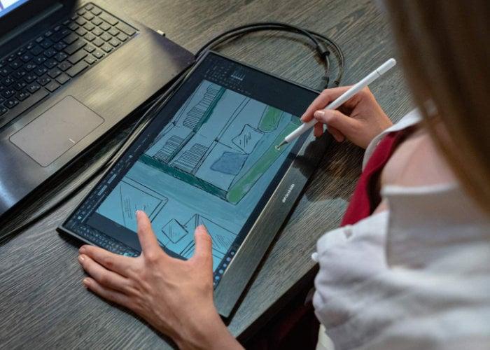 4K touchscreen monitor