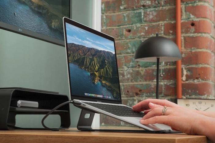 MacBook Stand