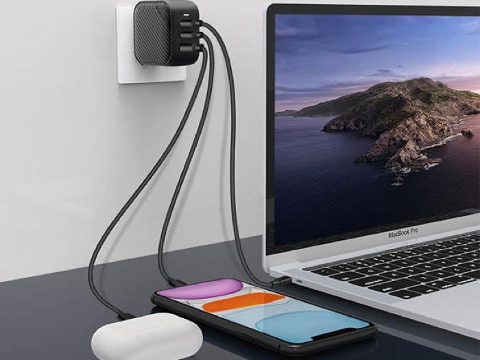 Mopoint World's Smallest 65W GaN PD Charger
