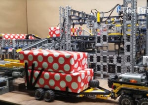 LEGO Wrapping Factory