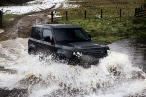 V8 Land Rover Defender