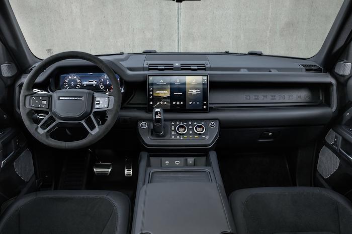 V8 Land Rover Defender