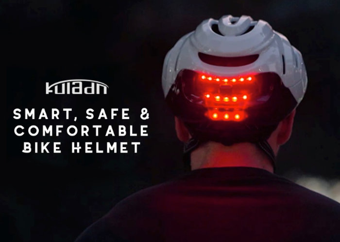 cycling helmet with indicators