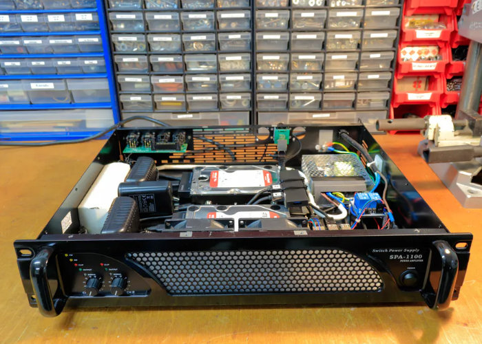 Raspberry Pi NAS created from old amplifier - Geeky Gadgets