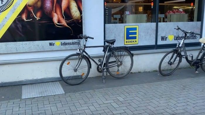 Apple AirTag stolen bike
