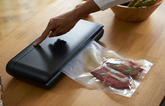SEALVAC food vacuum sealer Kickstarter