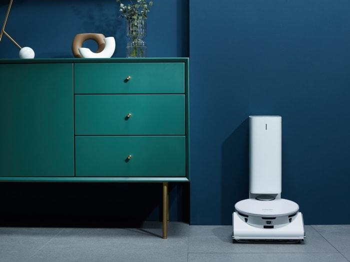 Samsung Jet Bot AI+ robot vacuum cleaner