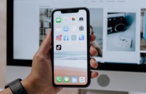 hide apps on your iPhone ios 14