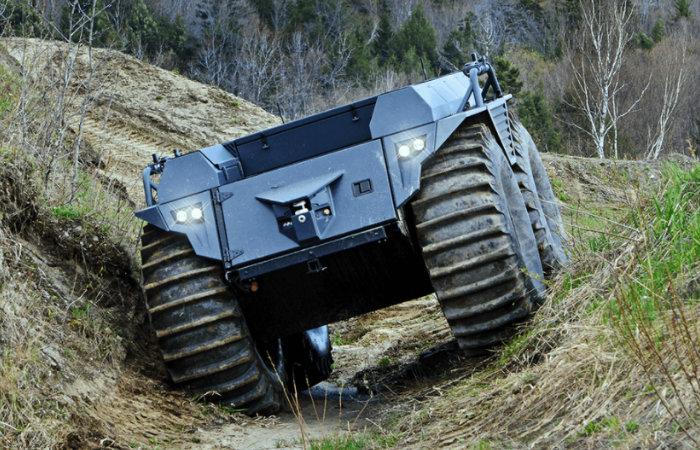 Mission Master XT autonomous amphibious assault vehicle