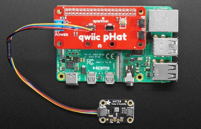 Raspberry Pi Qwiic pHAT 2.0 for Qwiic or STEMMA QT programming