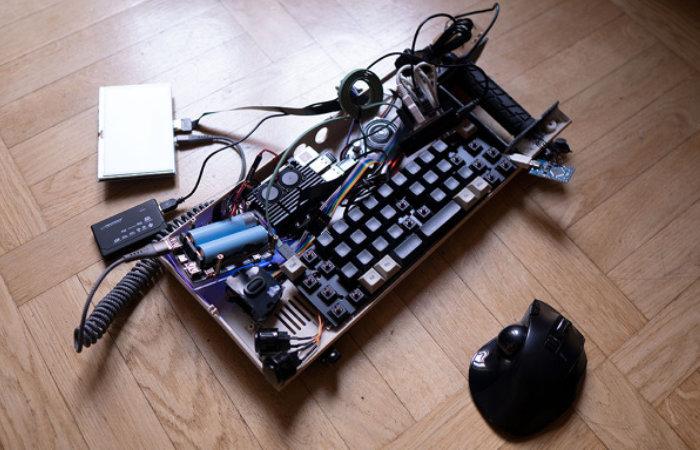 Rugged Raspberry Pi cyberdeck project