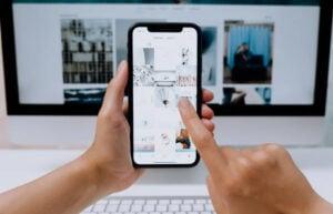 Screen Mirroring on iPhone
