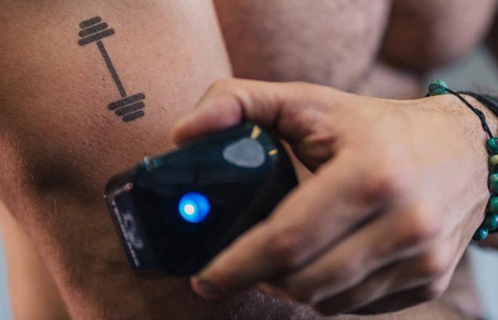 Tecbears mini handheld printing on skin