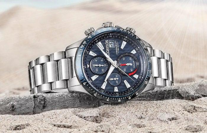 V3 Titanium solar watch