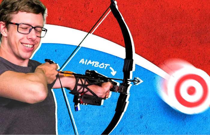 Auto aiming archery bow hits the target every time