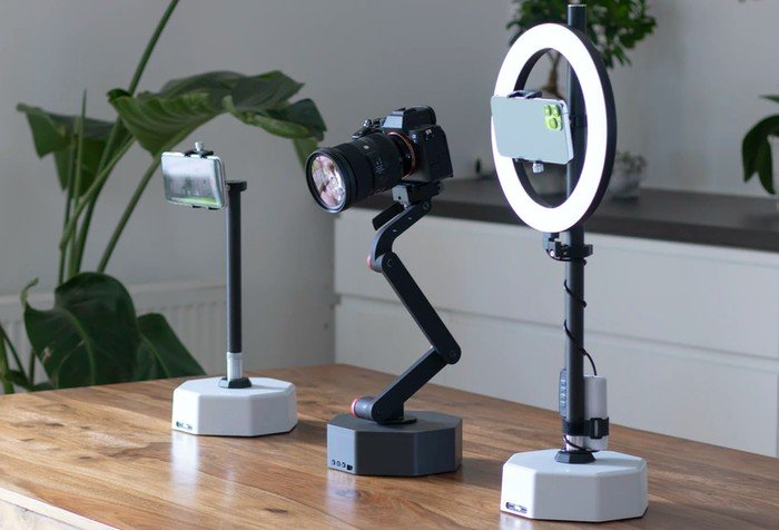 Billy Camera robot assistant