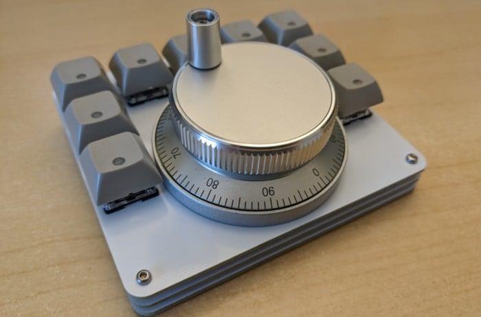 EncoderPad RP2040 video editing keypad