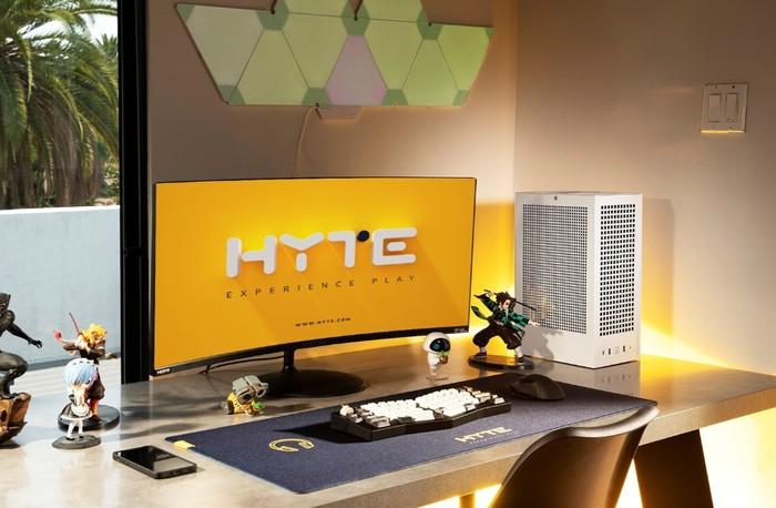HYTE SFF Revolt 3 PC cases