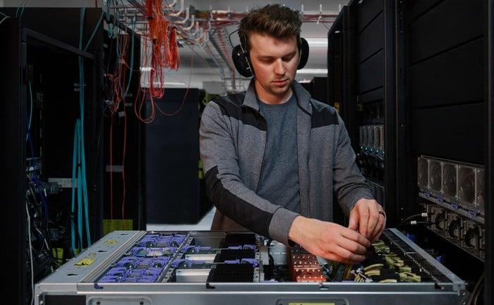 IBM power Servers hybrid cloud