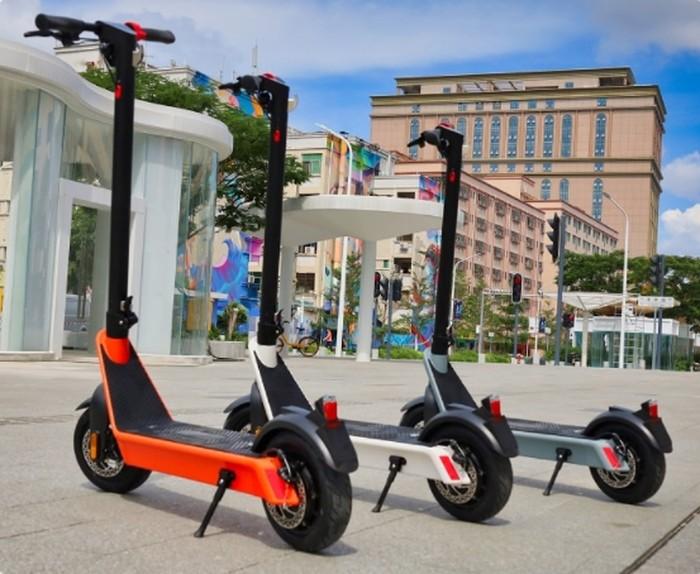 Komeet X9 electric scooter