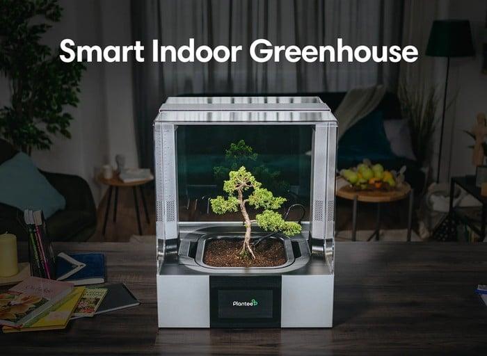 Plantee indoor garden and greenhouse