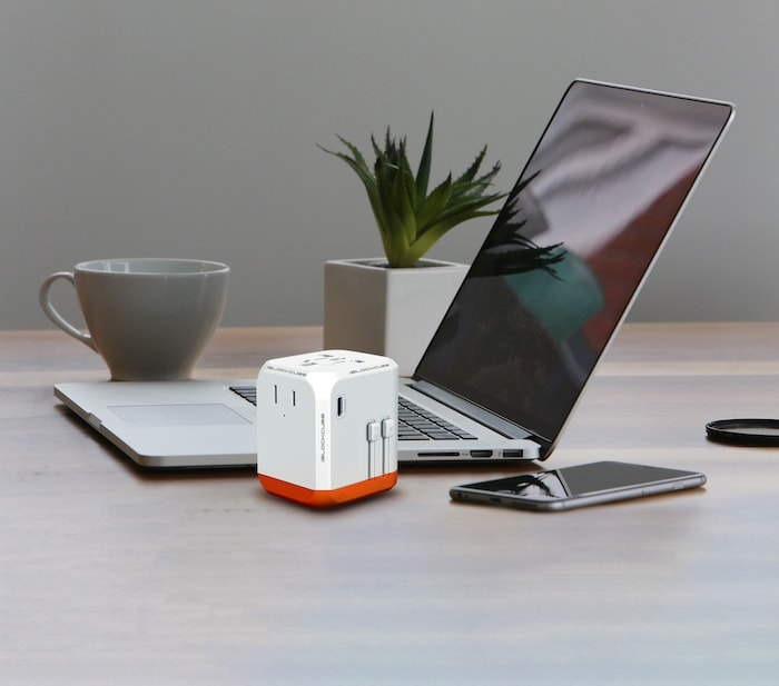 Agile 45W Charger