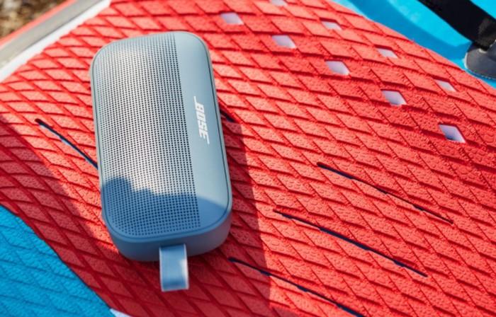Bose Soundlink Flex Bluetooth speakers